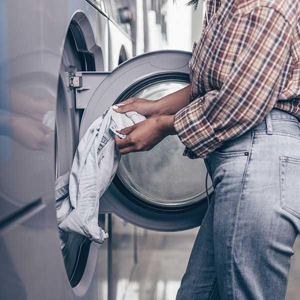 https://www.scuoleingita.it/wp-content/uploads/2020/03/servizi_laundry-1.jpg